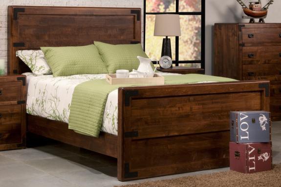 Photo of Saratoga Bed w/High Footboard