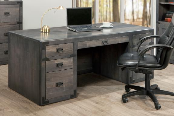 Photo of Saratoga Executive Desk